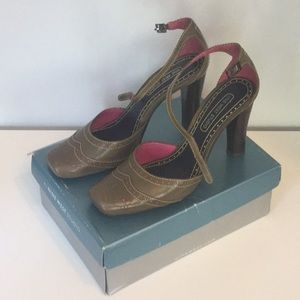 Women's Nine West Studio Heels